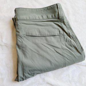 Columbia Omni-Shield Outdoor Cargo Pants Size 8